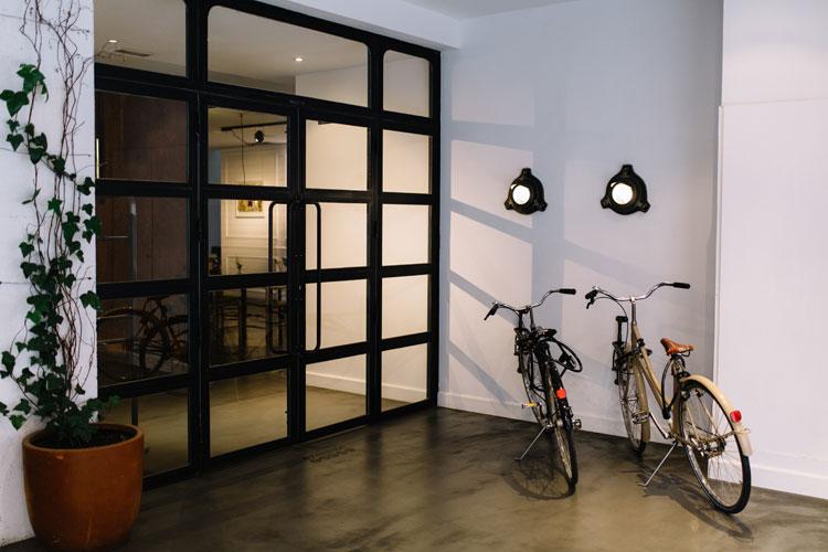Siete islas hotel gallery of lmpara de cemento y latn - Hotel 7 islas madrid ...