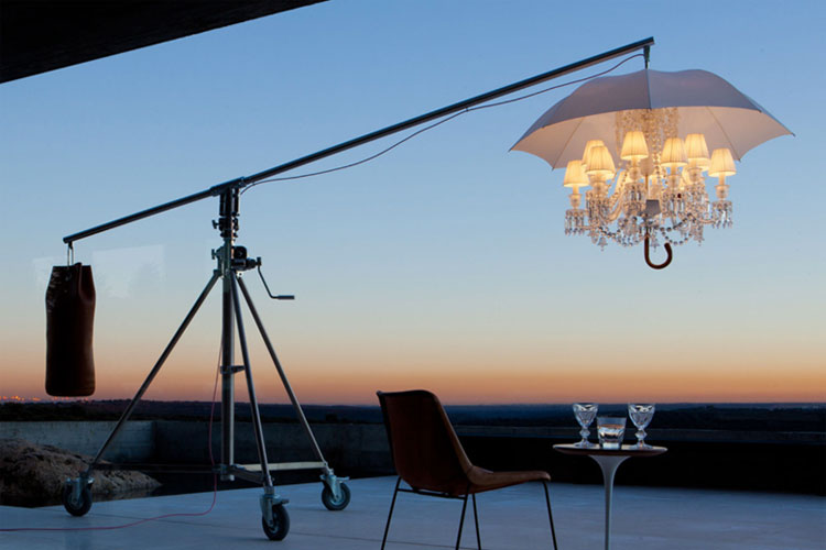 Feria Marbella Design. Lámpara Marie Coquine de Baccarat. Galería Vértigo | Tu Gran Viaje