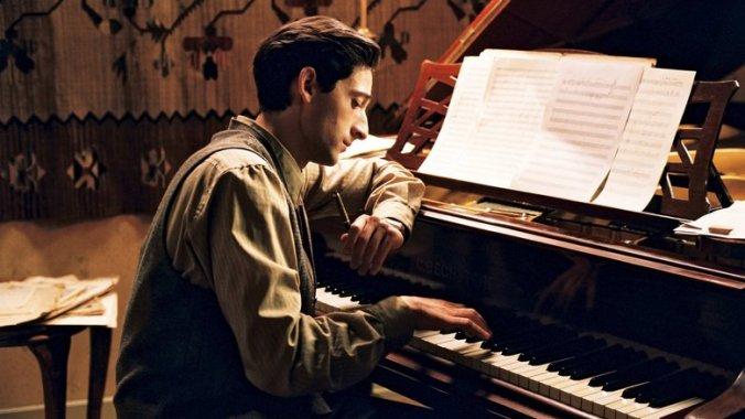 Tuğşah Bilge – Piyanist ve Tepkisizlik.