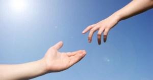 Tuğşah Bilge – Yardım İçin Elini Uzat.