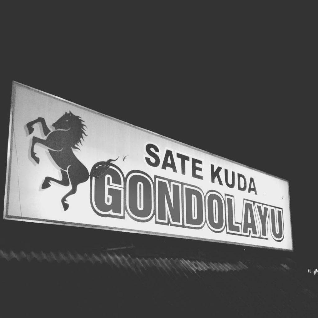 Sate Kuda Gondolayu Tugu Wisata