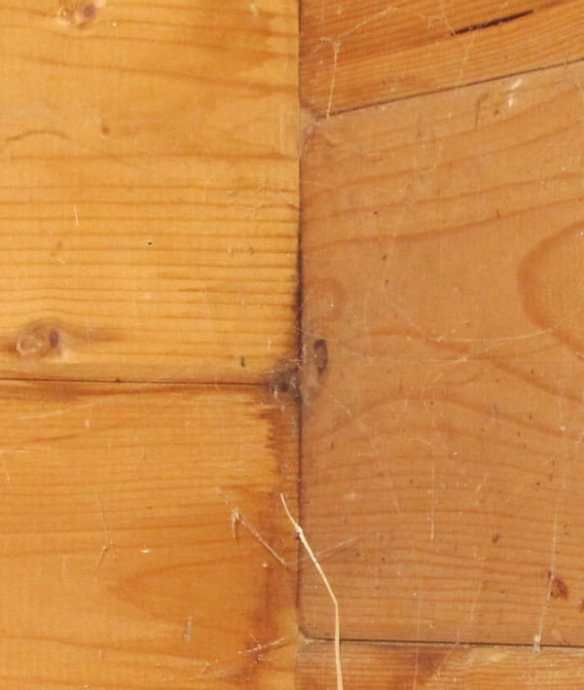 Effects of not ventilating a log cabin