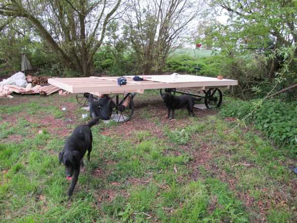 Shepherd hut chassis and base construction