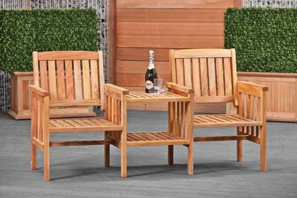Hardwood love seat as new