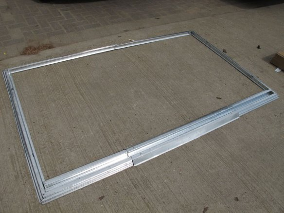Metal base rail fitted together