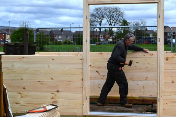 log-cabin-build