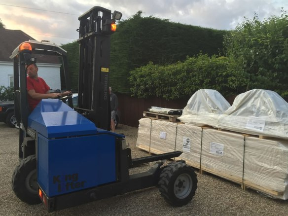 Well packaged and delivered with a de-mountable forklift