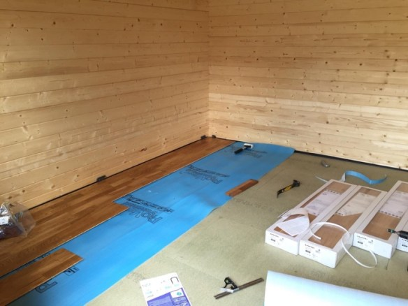 Whilst one of the cabins is purely a workshop, the other is a day/play room. As such, it gets an oak engineered wood floor. The base membrane is breathable to prevent warping due to different moisture levels between the P5 and the flooring.