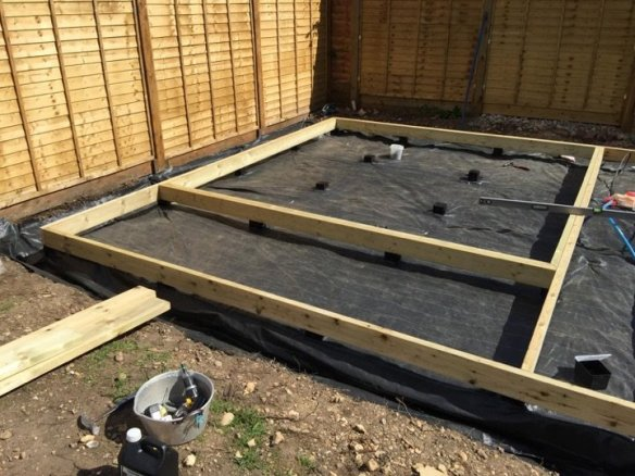 The frame extends also to create a front decking area. The cabin foundation 'ring' was doubled up with 150mm x 50mm timbers. This also means that the floor has something to sit on as the second timber sits inside the foundation perimeter.