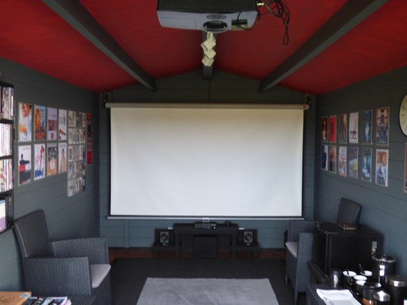 Amazing home cinema inside the Julia log cabin