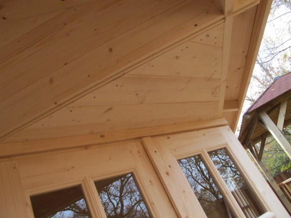Log Cabin Doors And Overhang