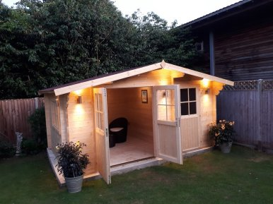 Lukas Log Cabin With Clear Treatment