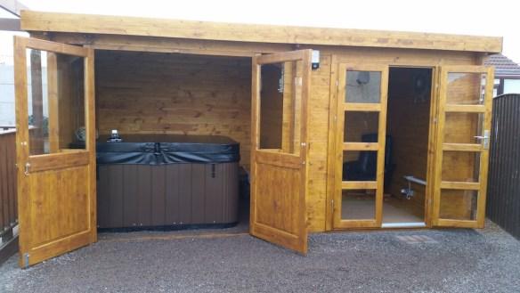 Elburg-Log-Cabin
