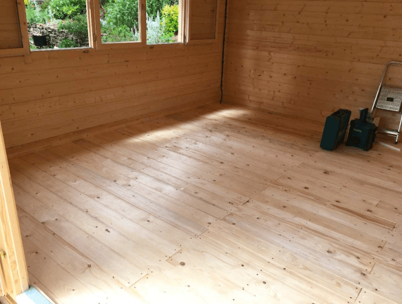 Newcastle Log Cabin Floor