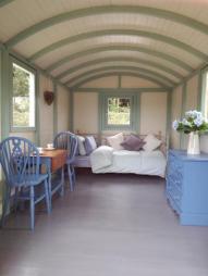 Shepherds Hut - Gypsy Caravan