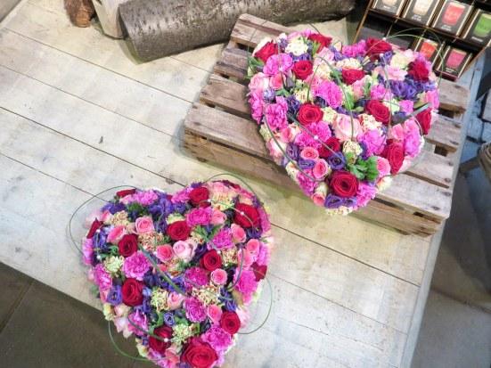 roze hart bloemwerk bloemsierkunstodink-0708