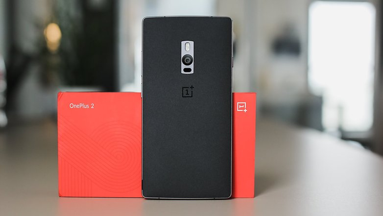 AndroidPIT-OnePlus-2-box-phone-back-w782