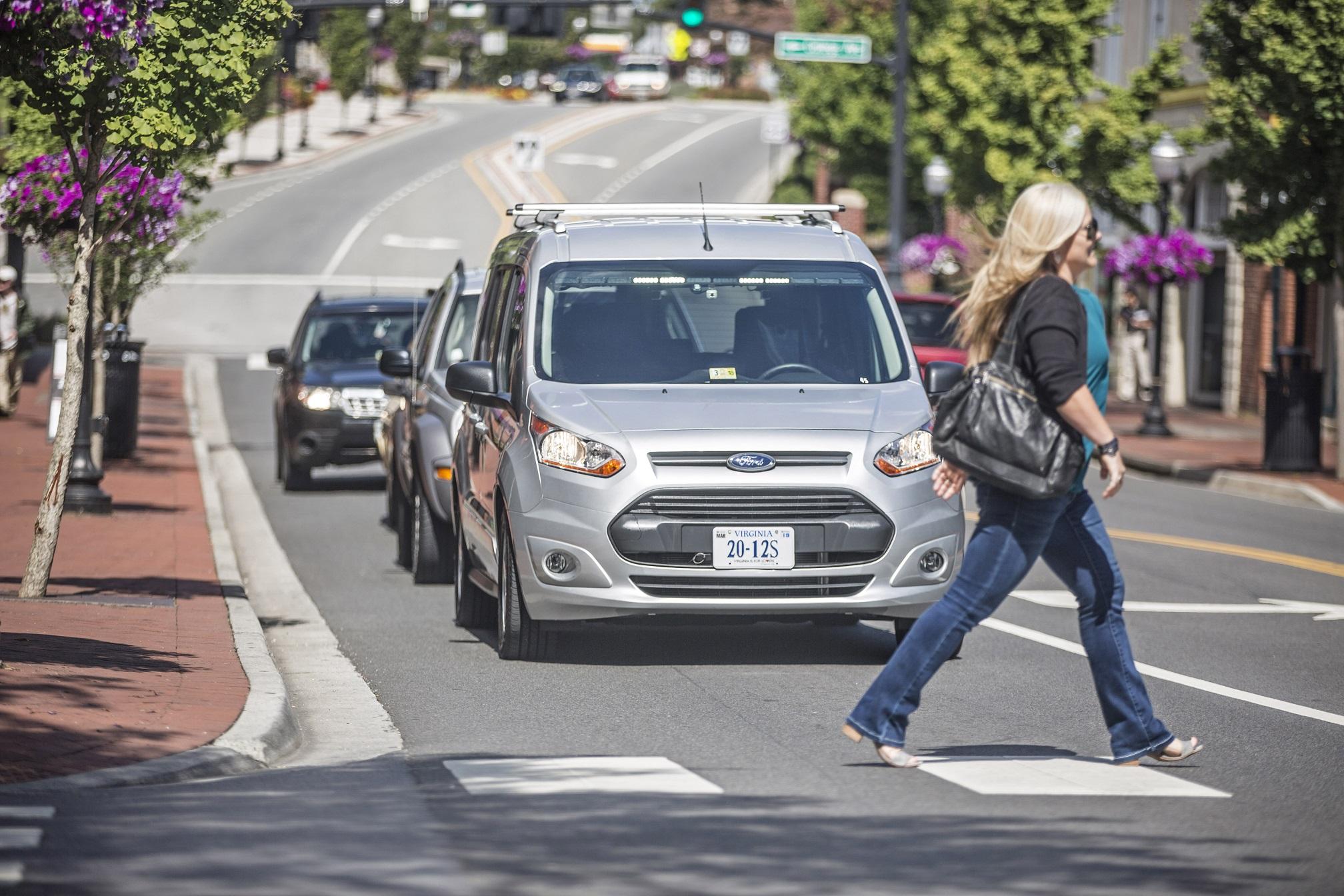 Un conducteur fantôme pour tester la voiture autonome — Ford