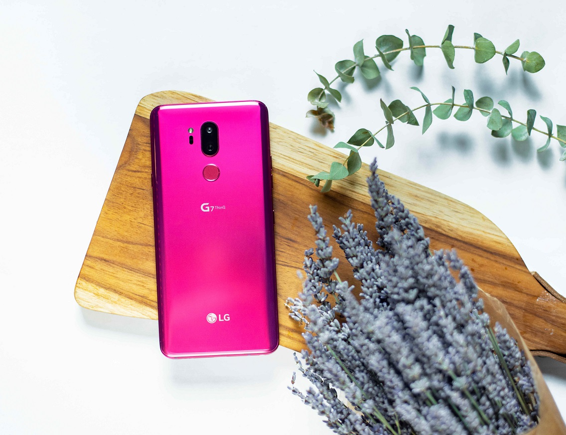 LG-G7-Beauty-Shot-01