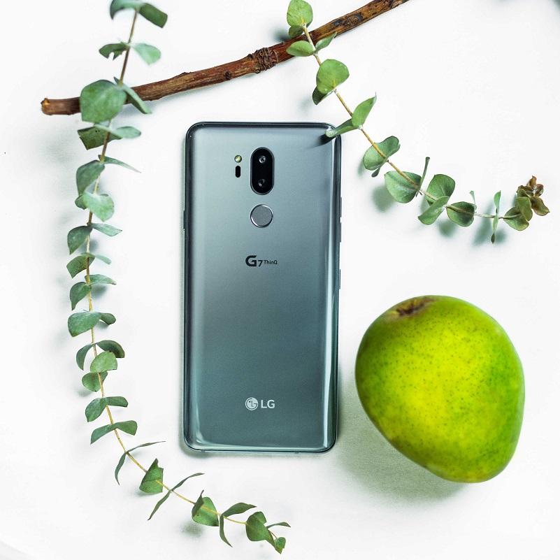 LG-G7-Beauty-Shot-03