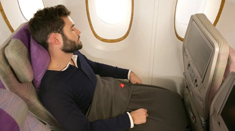 Emirates sustainable blankets