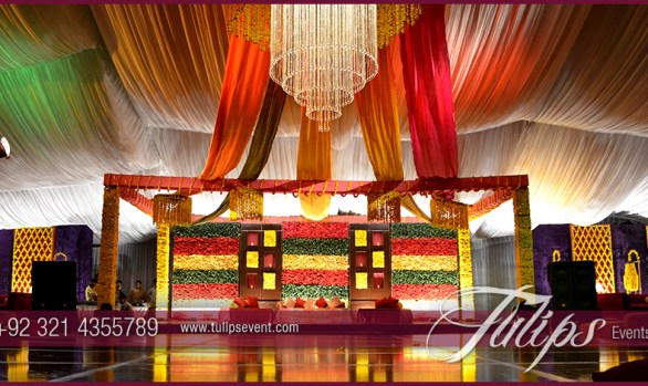 fabulous Mehndi Stage Design