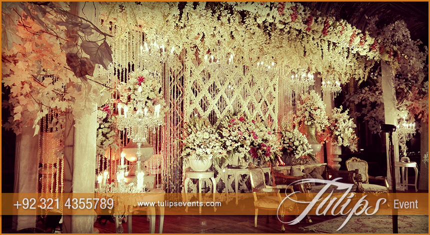 Best Baraat stage decoration 2015 photos in Pakistan 28
