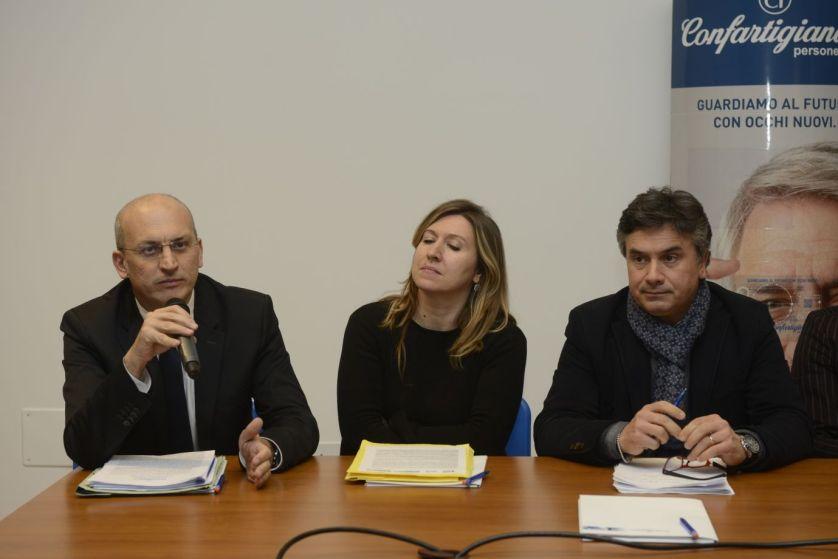 Tullio Patassini durante il confronto con i candidati