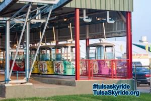 Tulsa Skyride 2007: new color scheme for cabins.
