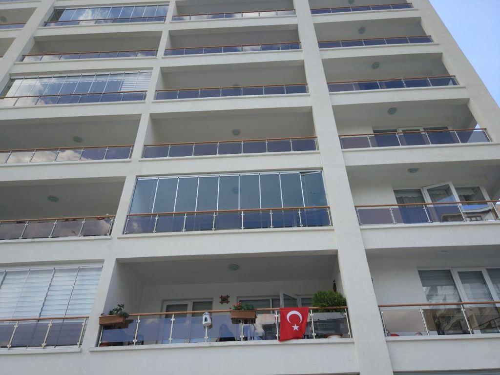 bağlıca anka mia evleri cam balkon montajı