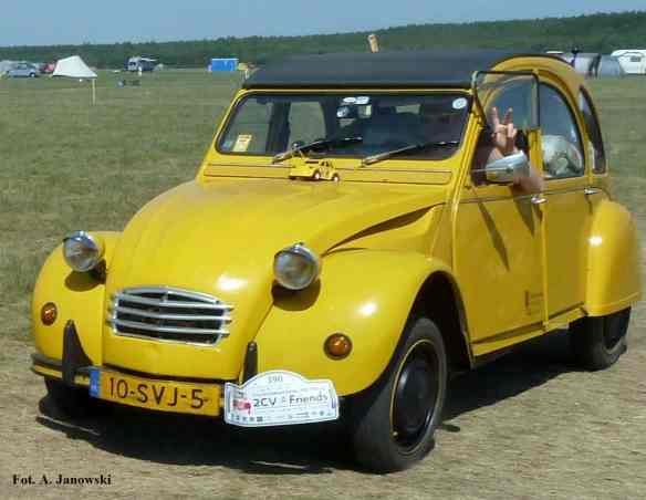 Citroen 26 Friends C2V Poland yellow żółty jeune Nasze Strony
