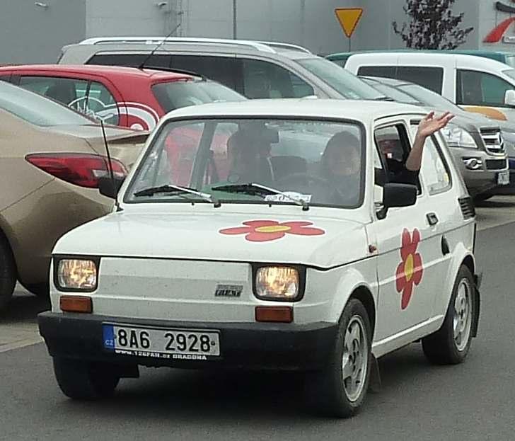 Fiacik Maluch Kaszel 126p 126 p mały fiat petit voiture 500 600 650 cc small