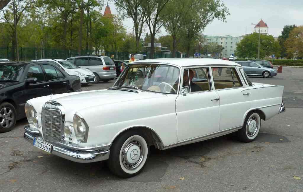White Benz Mercedes-Benz hit super deutsch klasik classic klasyk