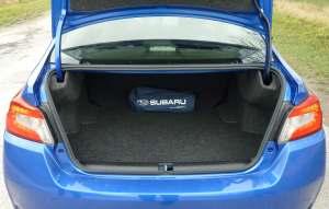 Subaru WRX STI hanger bumper boot bagażnik luggage laggage bagaż