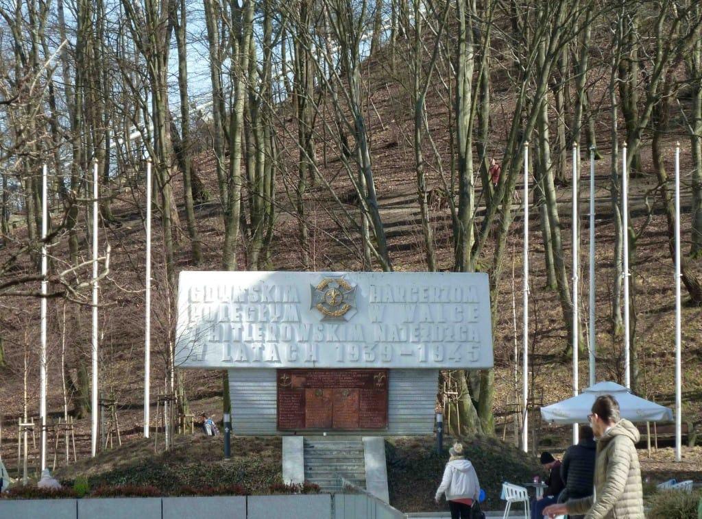 Harcerze polegli II wojna światowa ziemiach wschodnich III Rzeszy r Gdyni Adolfa Hitlera okupanci Gotenhafen port Gotów Nazwa zamachu