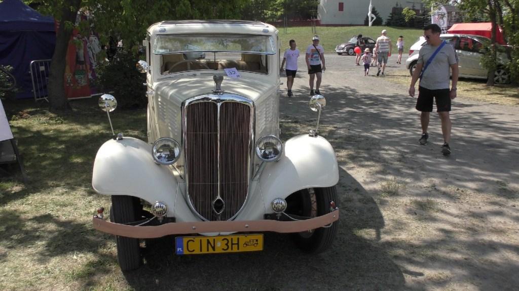 PRL zlot Inowrocaw fiata meeting car oldtimers Poland