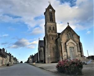 Ferte Bernard la Sarthe Le Mans Francja kościoły churches