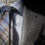 グレーシャツに合うネクタイ|厳選9コーデ