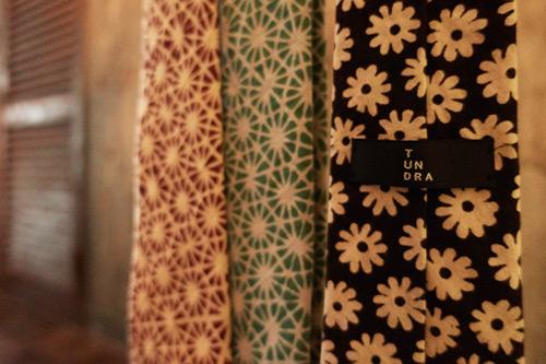 インド更紗のネクタイ