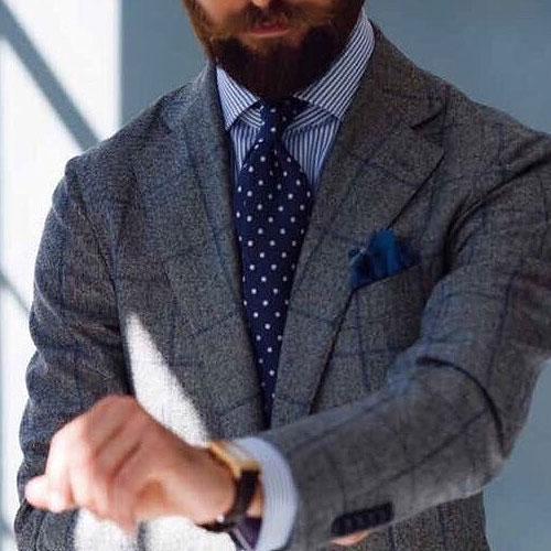 ストライプシャツに合うドットネクタイ