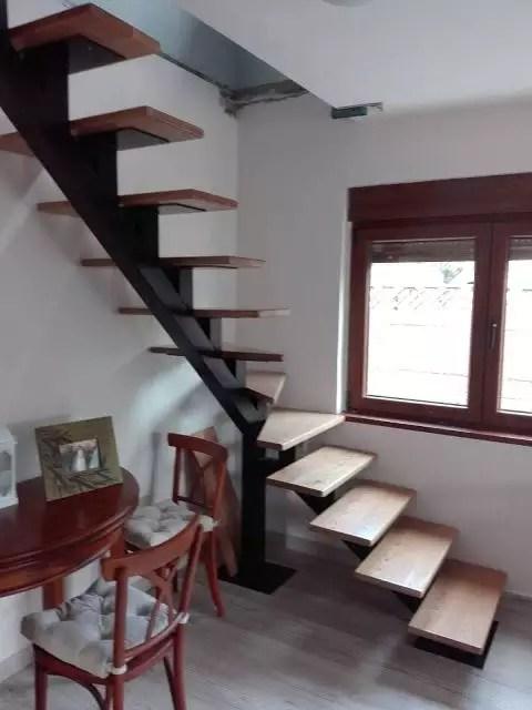 escalier flottant quard de tour mono portique articulée