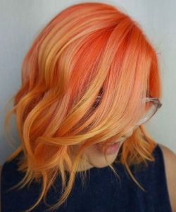 Tunsori par scurt portocalii