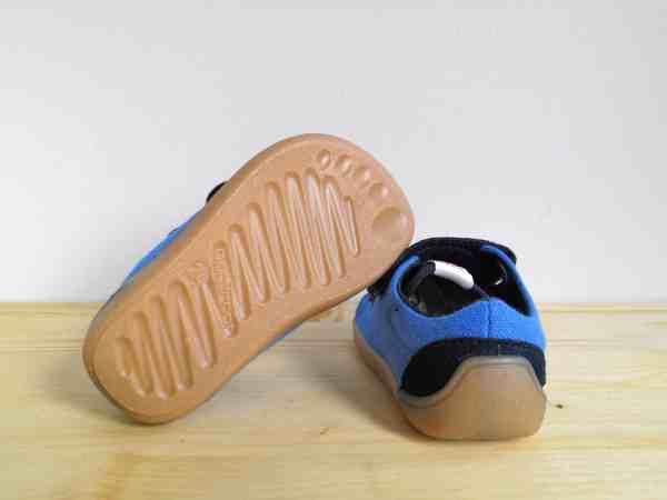 3F Barefoot tossud