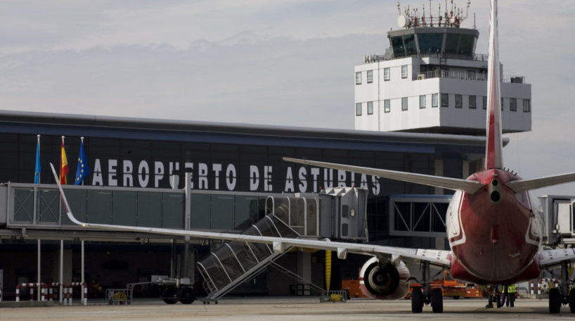 Siguen creciendo los vuelos desde Asturias al resto de España