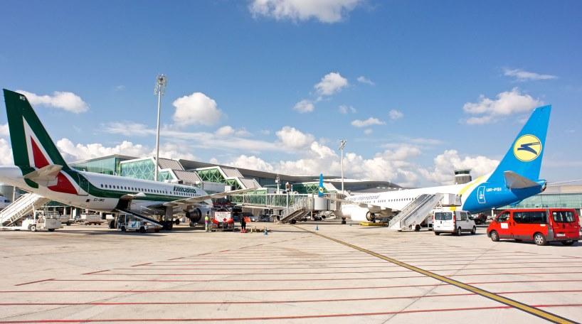 Las tasas aeroportuarias se mantendrán congeladas este año