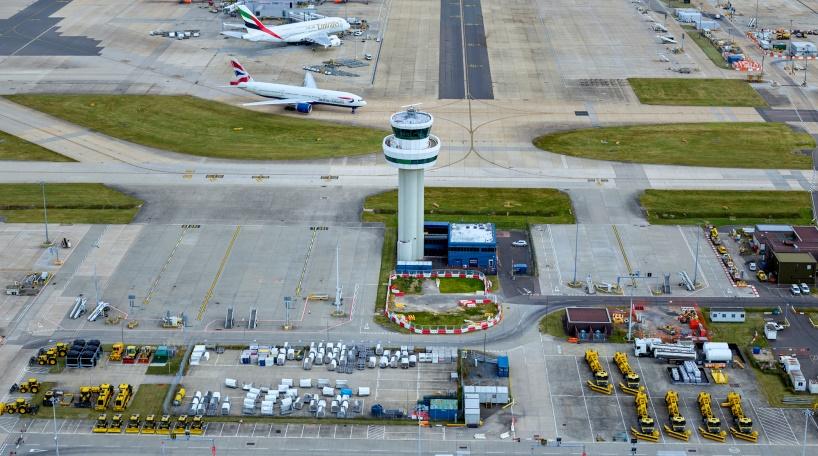 Vista aérea del Aeropuerto de Gatwick (Londres)