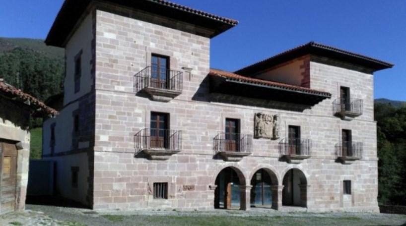 Imagen de archivo de la Casona de Carmona (Venta de Carmona)