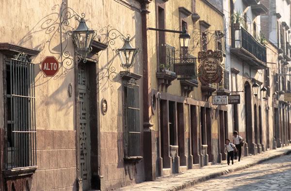 Leyendas Mexicanas en Ciudades Coloniales