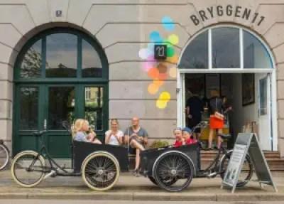 En tur på ladcykel, der slutter med en gammeldaws isvaffel. Det er hygge, og nu skal dansk hygge kopibeskyttes, mener VisitDenmark. (Foto: Wonderful Copenhagen)