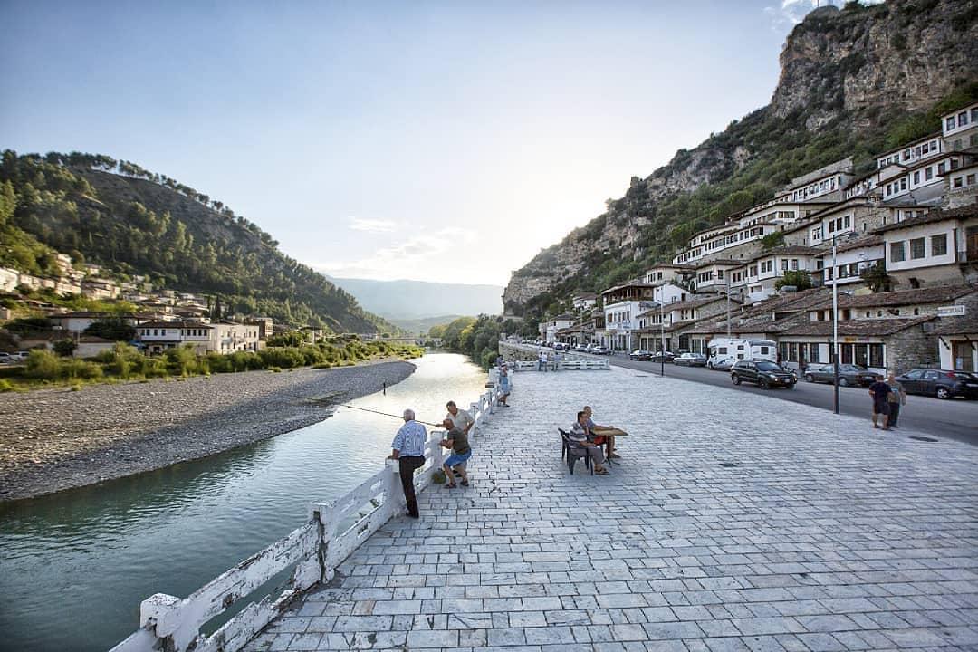 Berat, la città dalle finestre sovrapposte